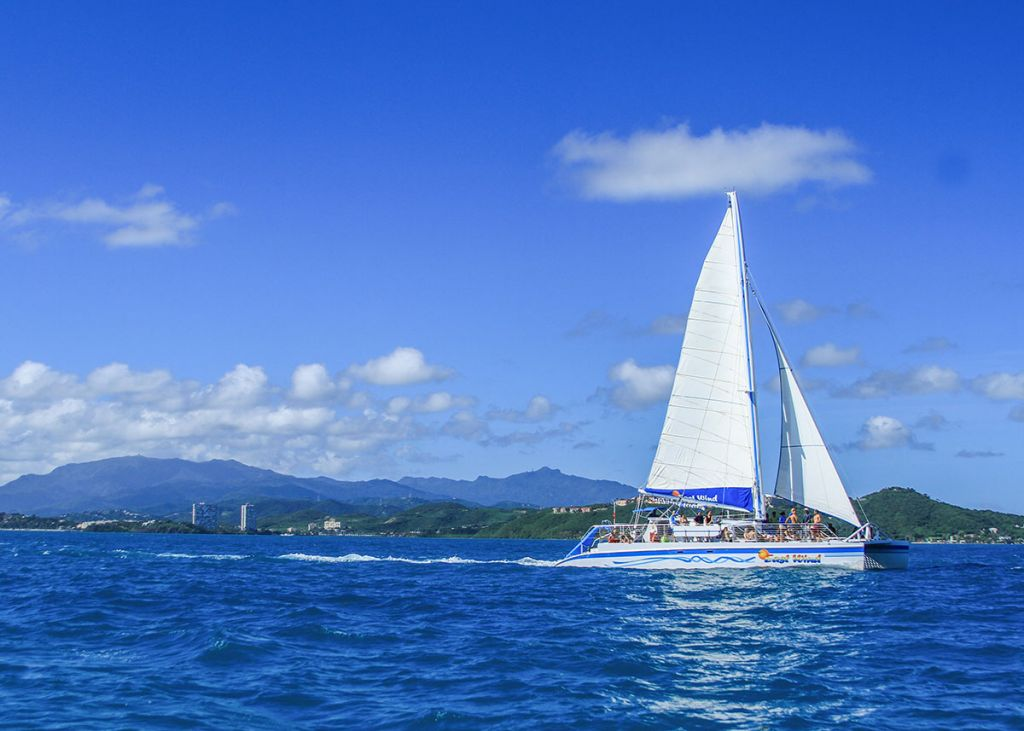 east wind,catamaran,fajardo,puerto rico,east island,excursions,snorkeling,all inclusive,tour,icacos,lobos,palomino,palominito,island,beach,playa